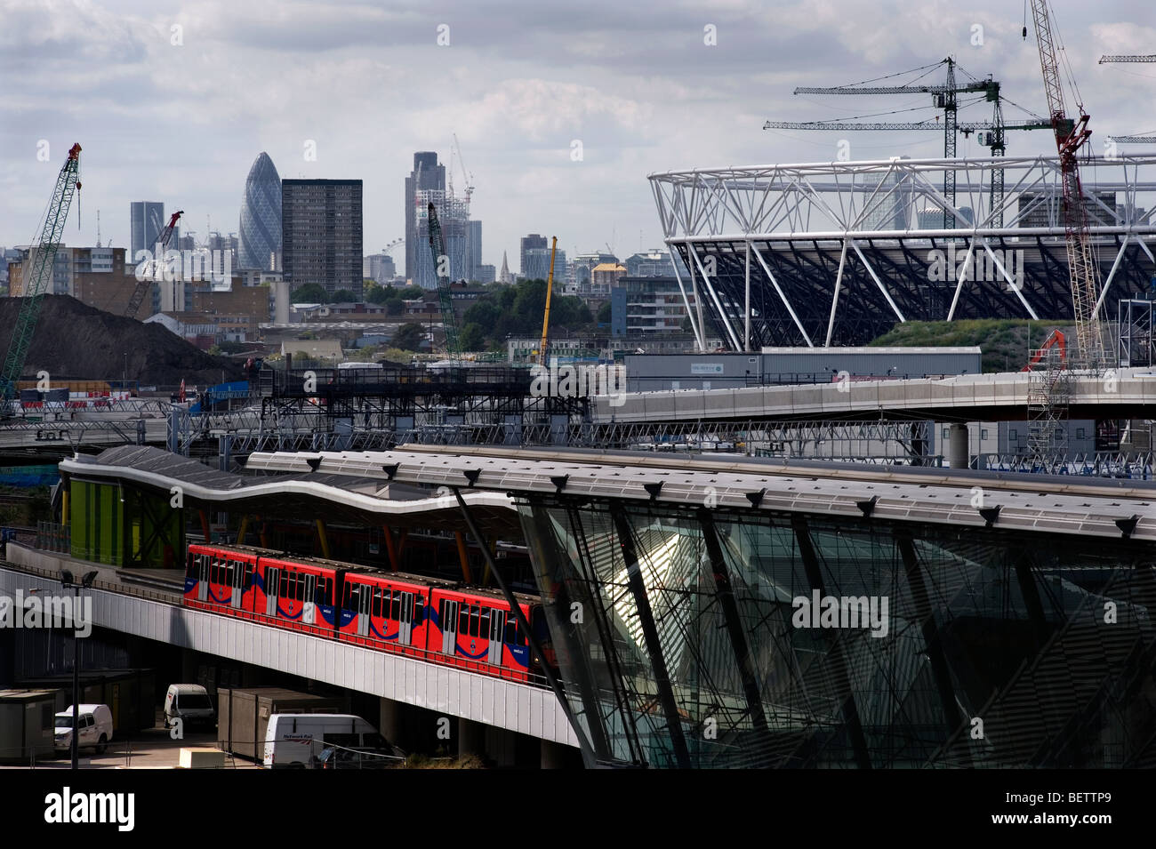 London Britain Sebastian Coe Olympic site 2012 ODA sport build construction stadium - Stock Image
