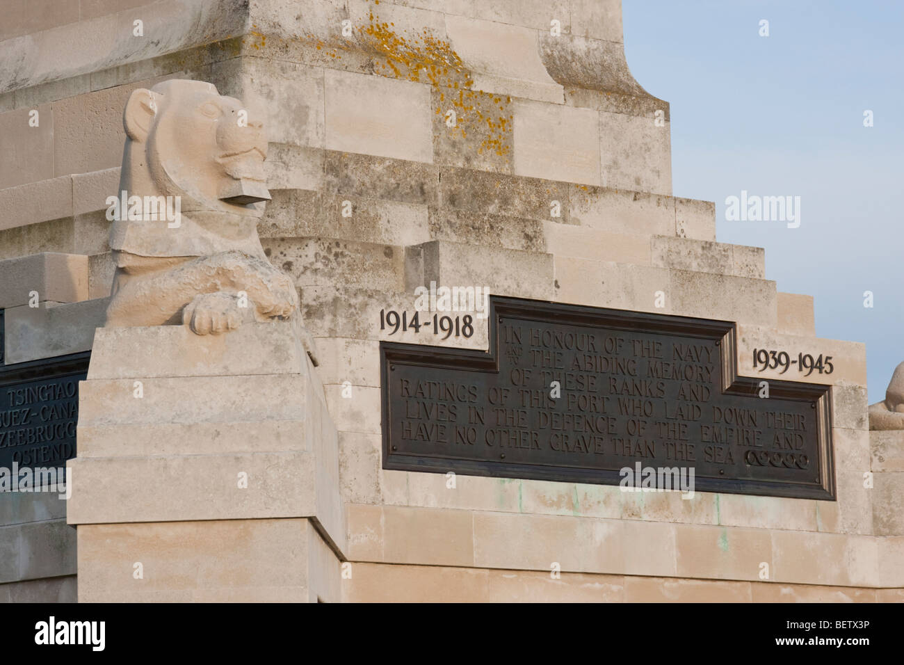 Stone lion on Royal Navy War Memorial in Southsea, England UK. - Stock Image