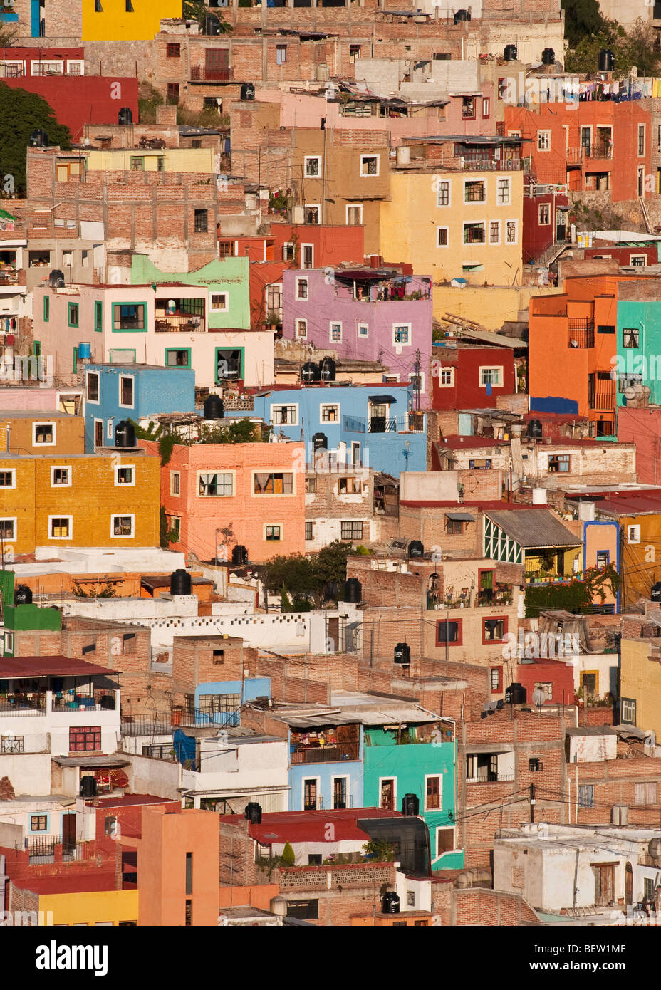 Houses on a hillside in Guanajuato, Mexico. - Stock Image