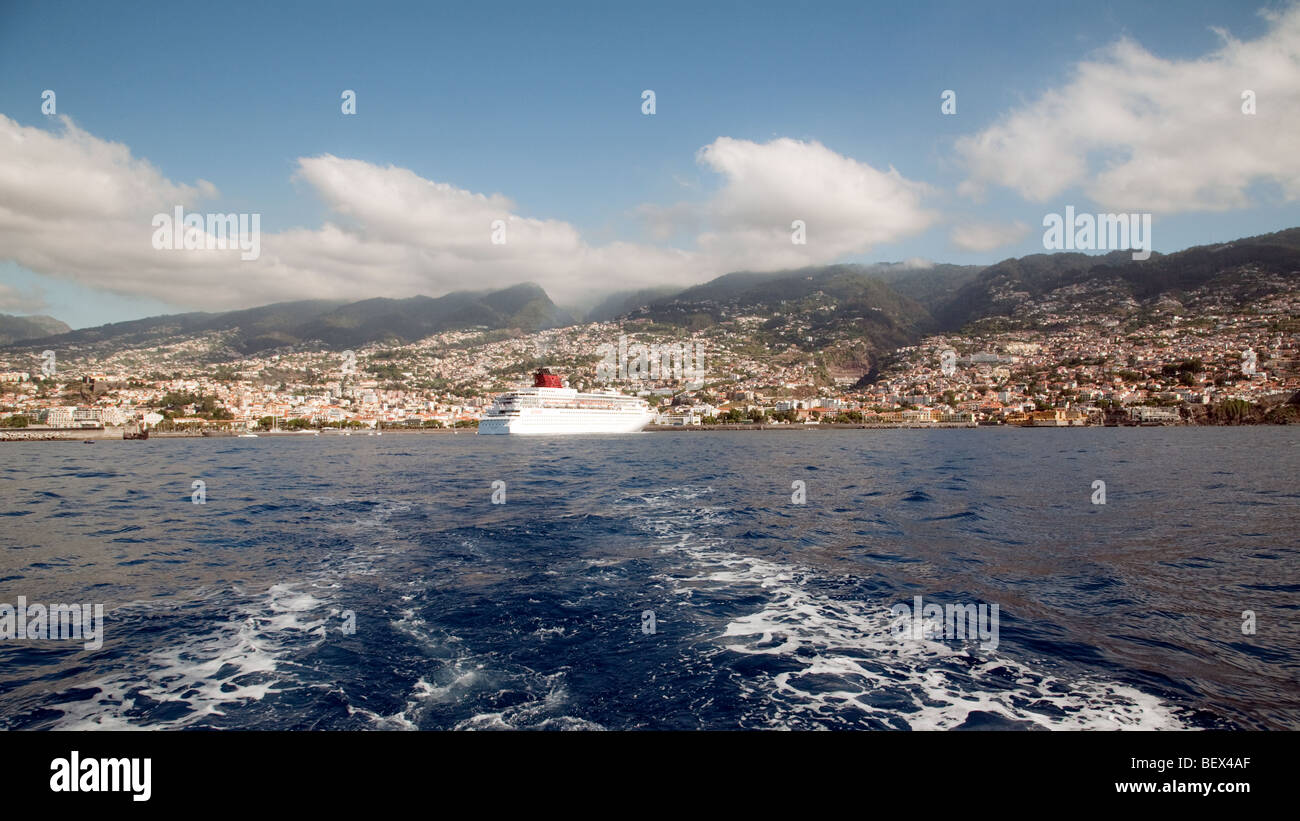 A cruise liner arrives in Funchal, Madeira - Stock Image