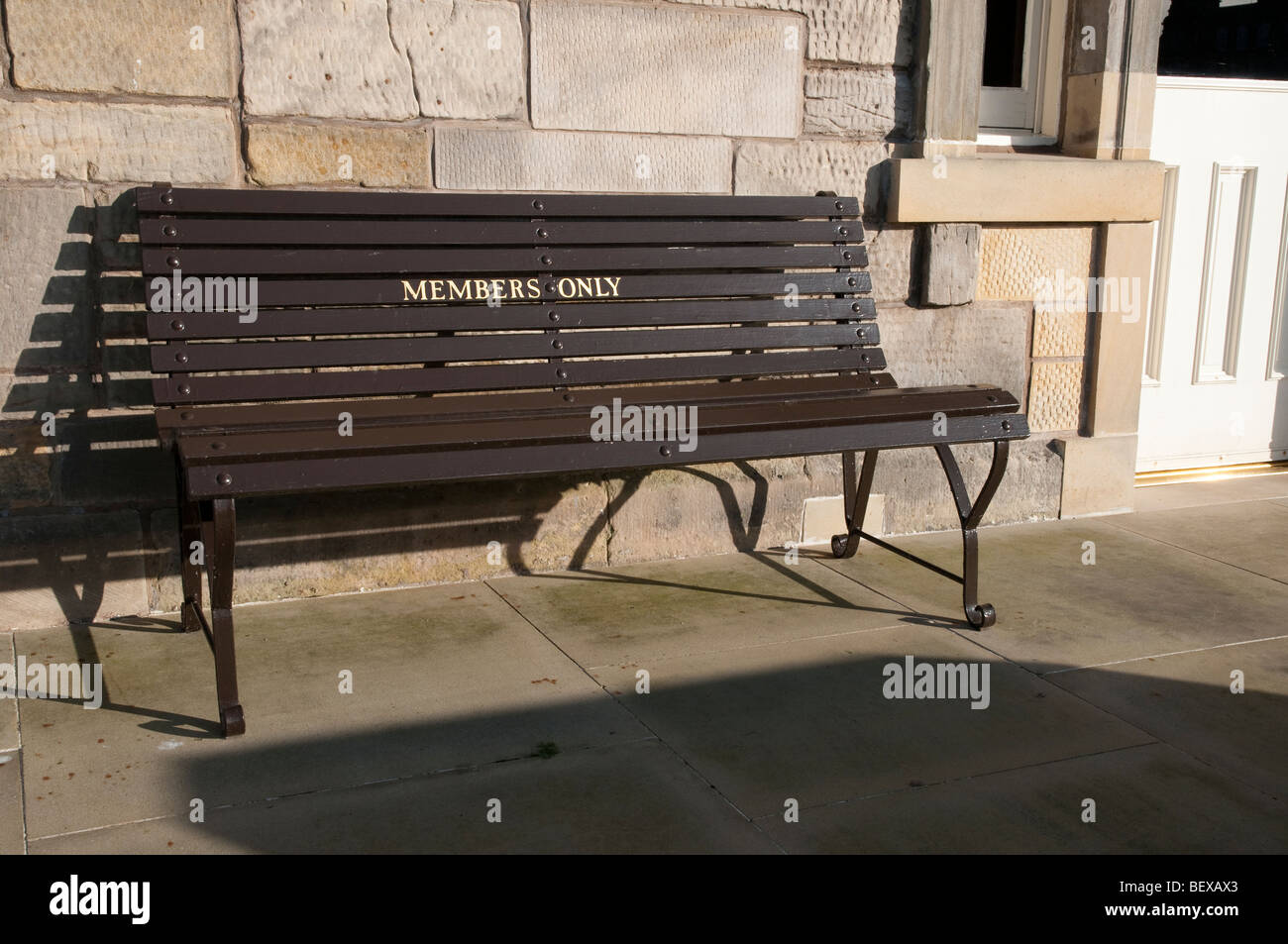 Members only seating at the Royal & Ancient Golf Club, St.Andrews. - Stock Image