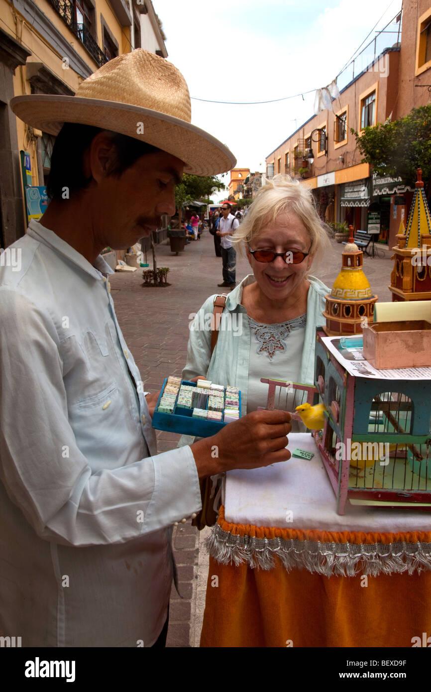 Fortune teller with bird, Tlaquepaque, Guadalajara, Jalisco, Mexico - Stock Image