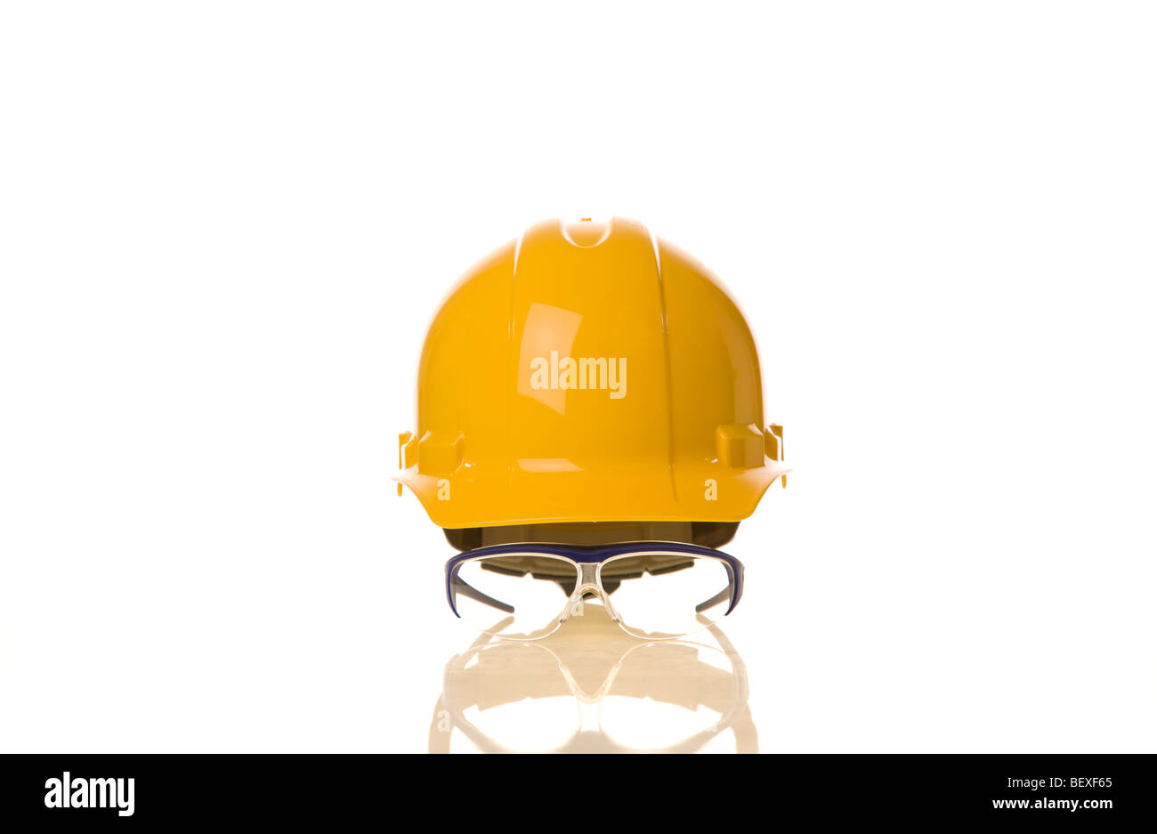Hardhat and safety glasses - Stock Image