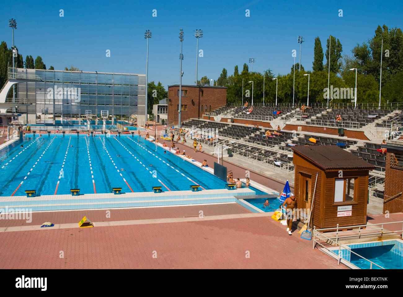 Hajos alfred budapest stock photos hajos alfred budapest stock images alamy for Margaret island budapest swimming pool