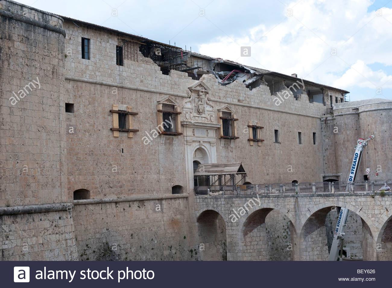 reconstruction 2009 june, castle, l'aquila, abruzzo, italy - Stock Image