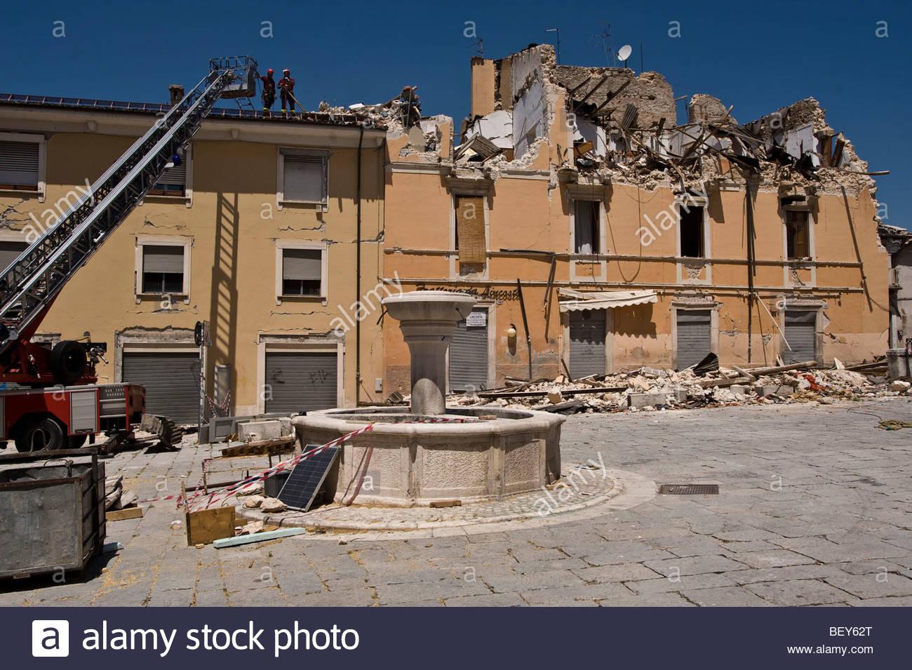 reconstruction 2009 june, palace, l'aquila, abruzzo, italy - Stock Image