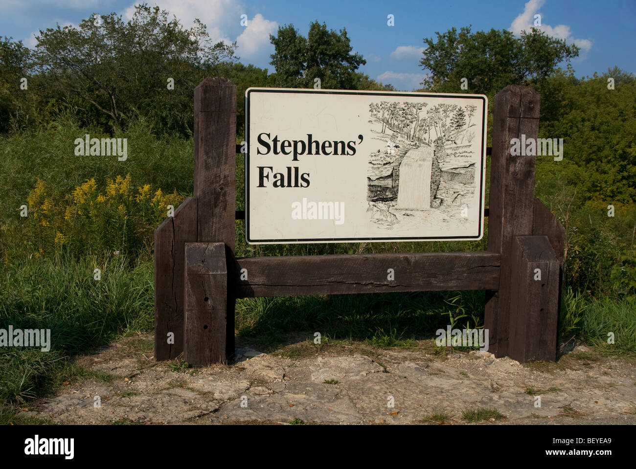 Sign for Stephens Falls in Governor Dodge State Park near Dodgeville, Wisconsin. - Stock Image