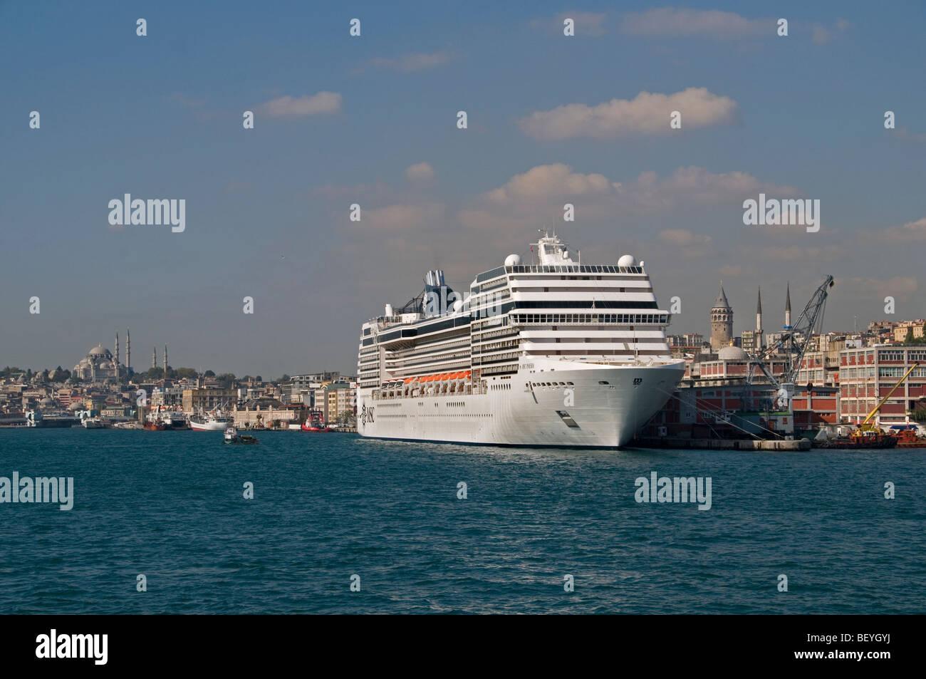 Istanbul Bosphorus Cruise Port Harbor Turkey Boat - Stock Image