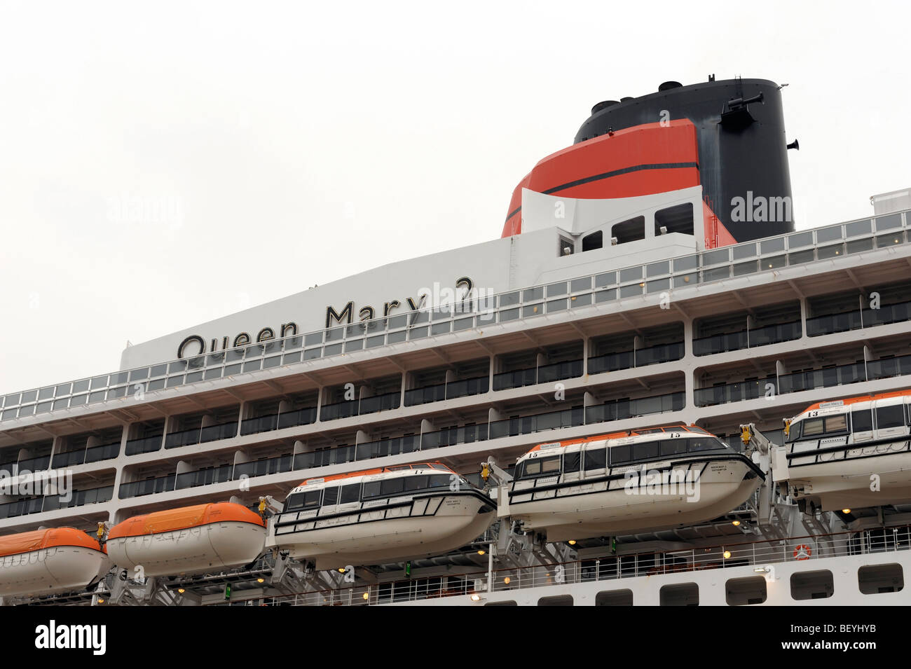 Cunard Queen Mary 2 cruise liner berthed in Liverpool - Stock Image