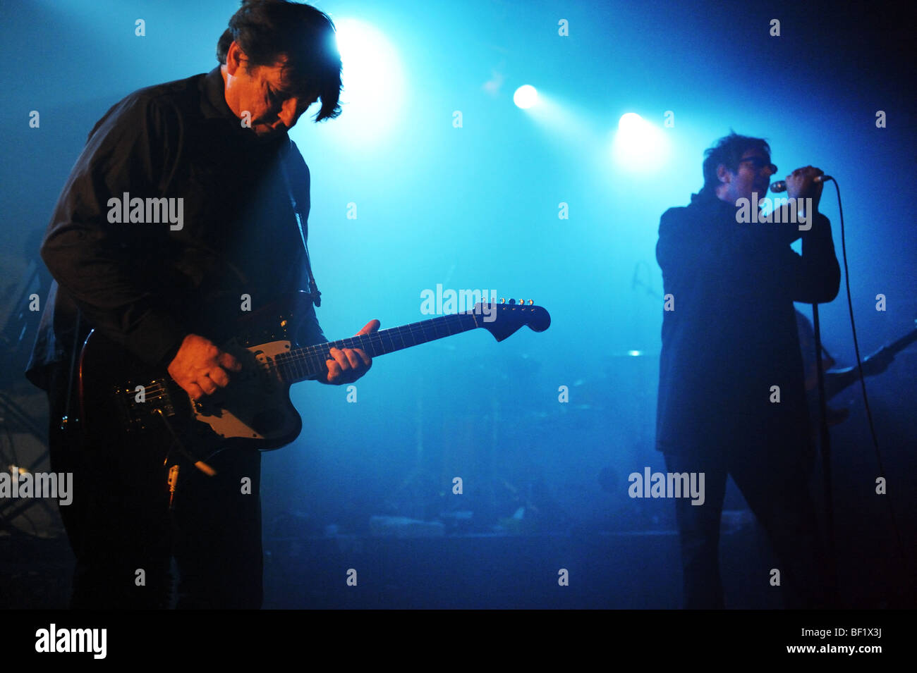 Rock band Echo and the Bunnymen perform at Wolverhampton, 12th October 2009. Will Sargeant (guitar) and Ian McCulloch. - Stock Image