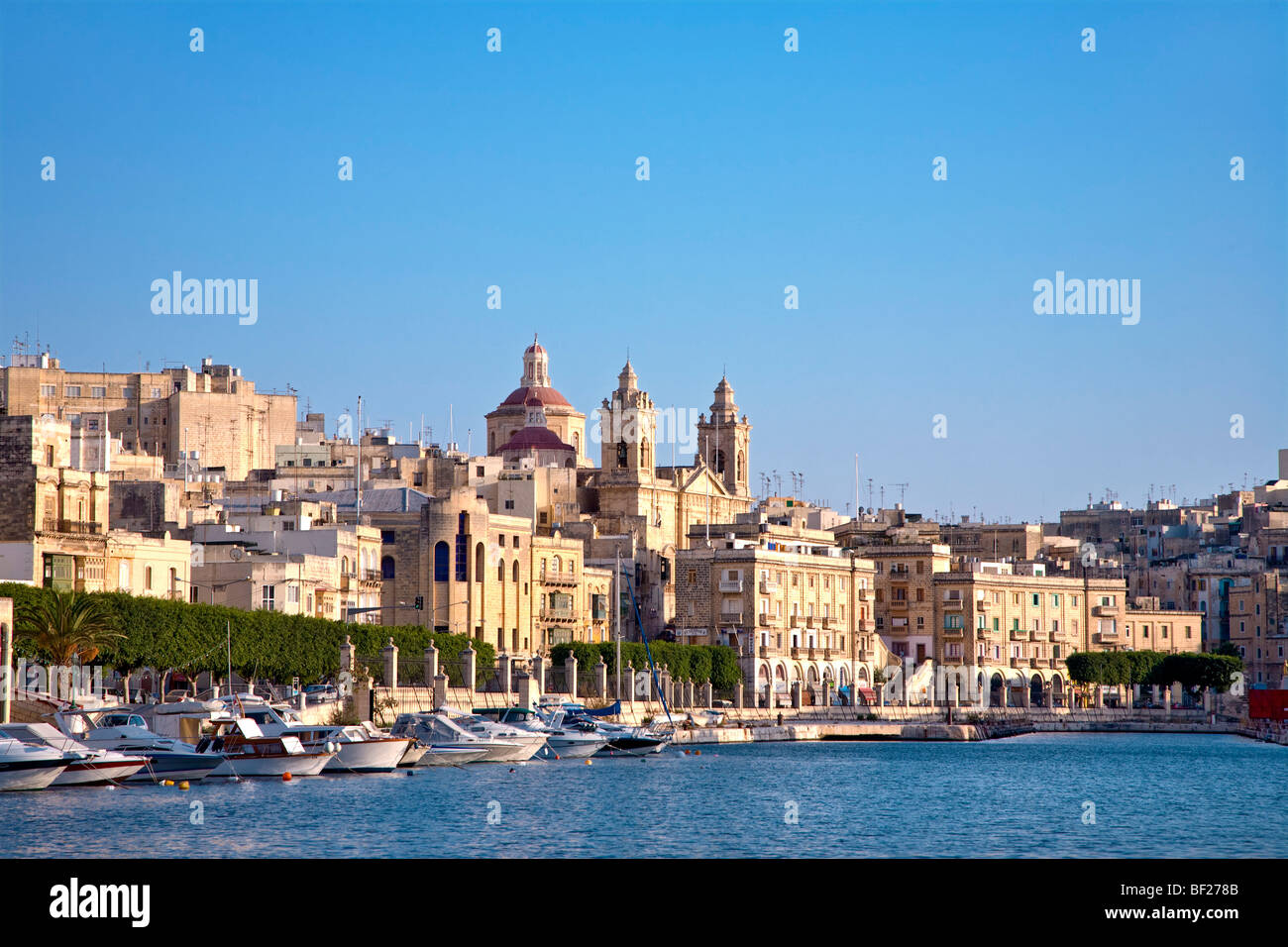 View at harbour and city in the sunlight, Three Cities, Vittoriosa, Valletta, Malta, Europe - Stock Image
