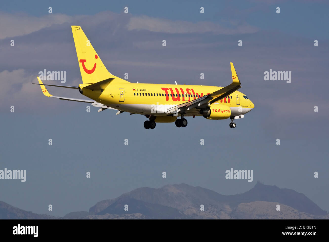 A Boeing B737 of TUI Fly on final approach - Stock Image
