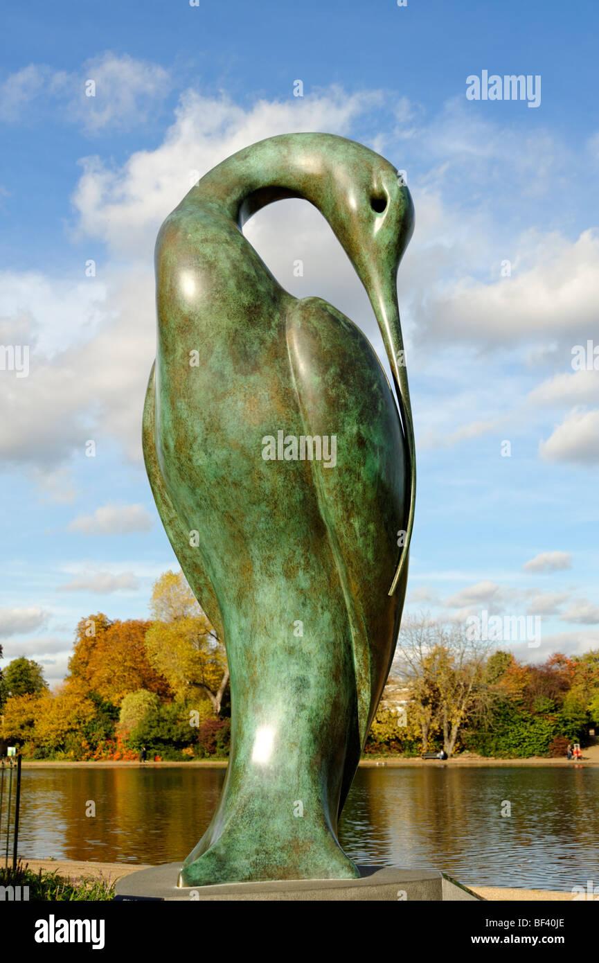 Isis bronze sculpture by artist Simon Gudgeon. Hyde Park. London. UK 2009. - Stock Image