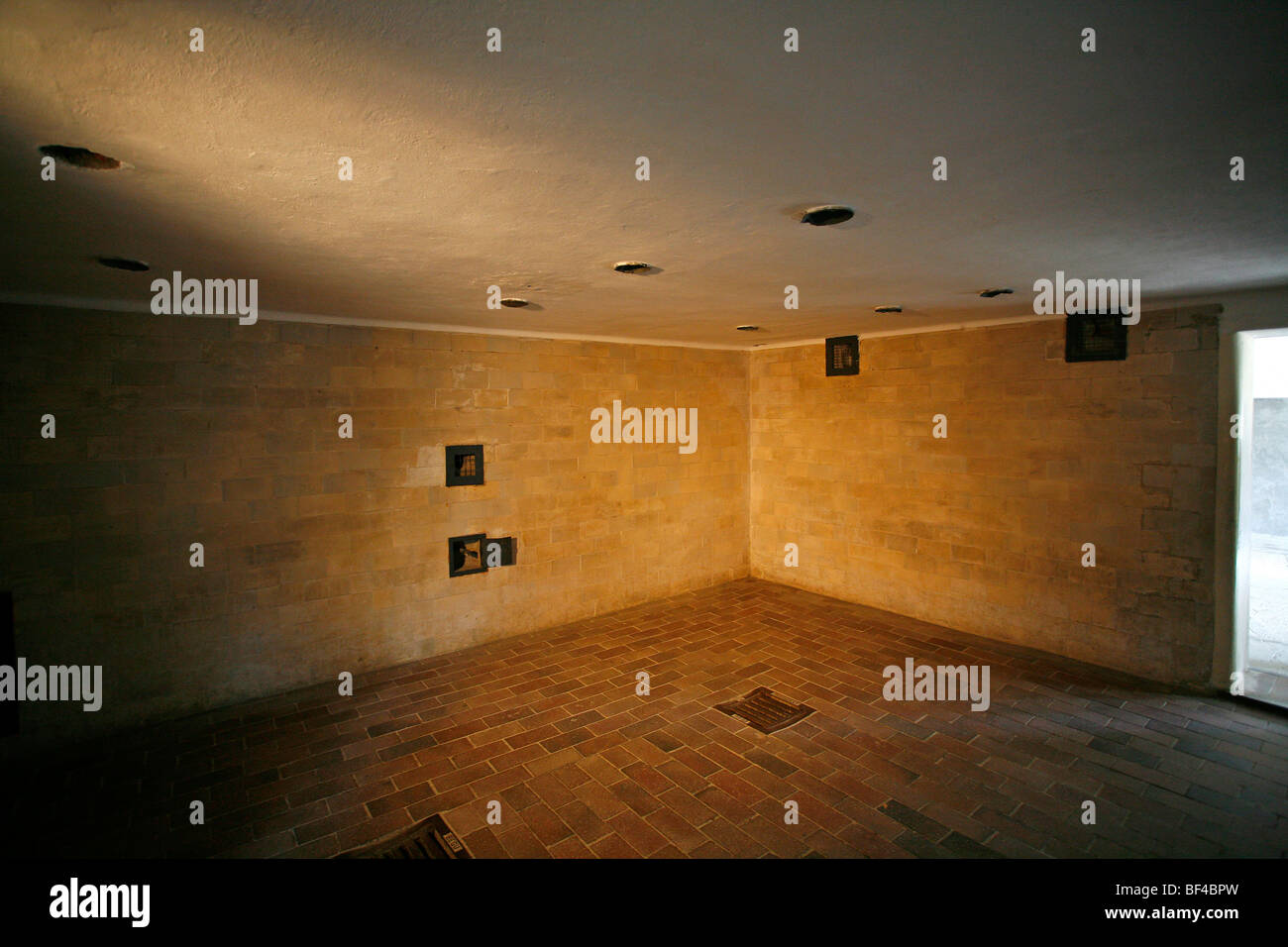 Large crematorium, gas chambers disguised as showers, Dachau Stock ...