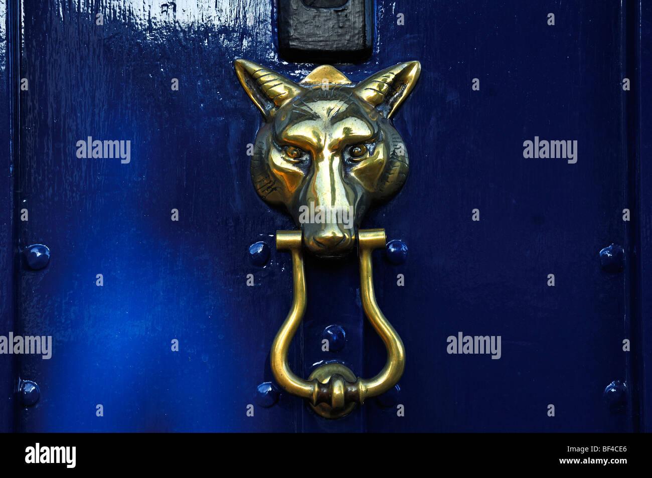 Wolfu0027s Head As A Brass Knocker On A Door, Church Street, Chipping Campden,