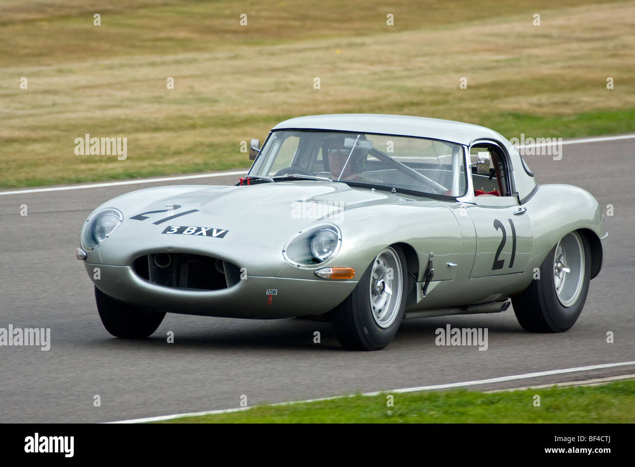 1963 Jaguar E-type with driver Carlos Monteverde during the RAC TT race at the 2009 Goodwood Revival, Sussex, UK. - Stock Image