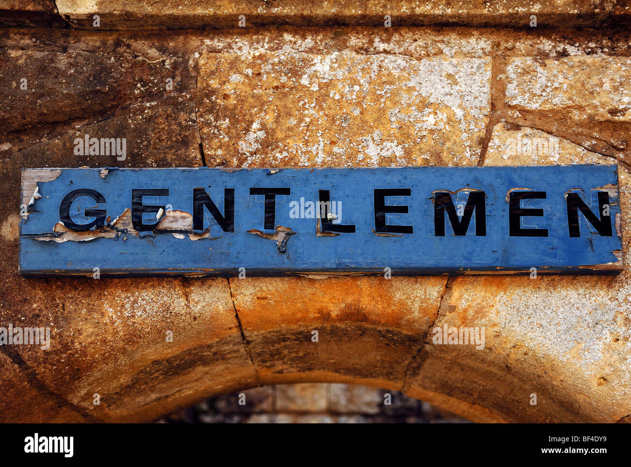 Toilet sign 'Gentlemen' in Kiftsgate Court Gardens, Mickleton, Chipping Campden, Gloucestershire, England, - Stock Image
