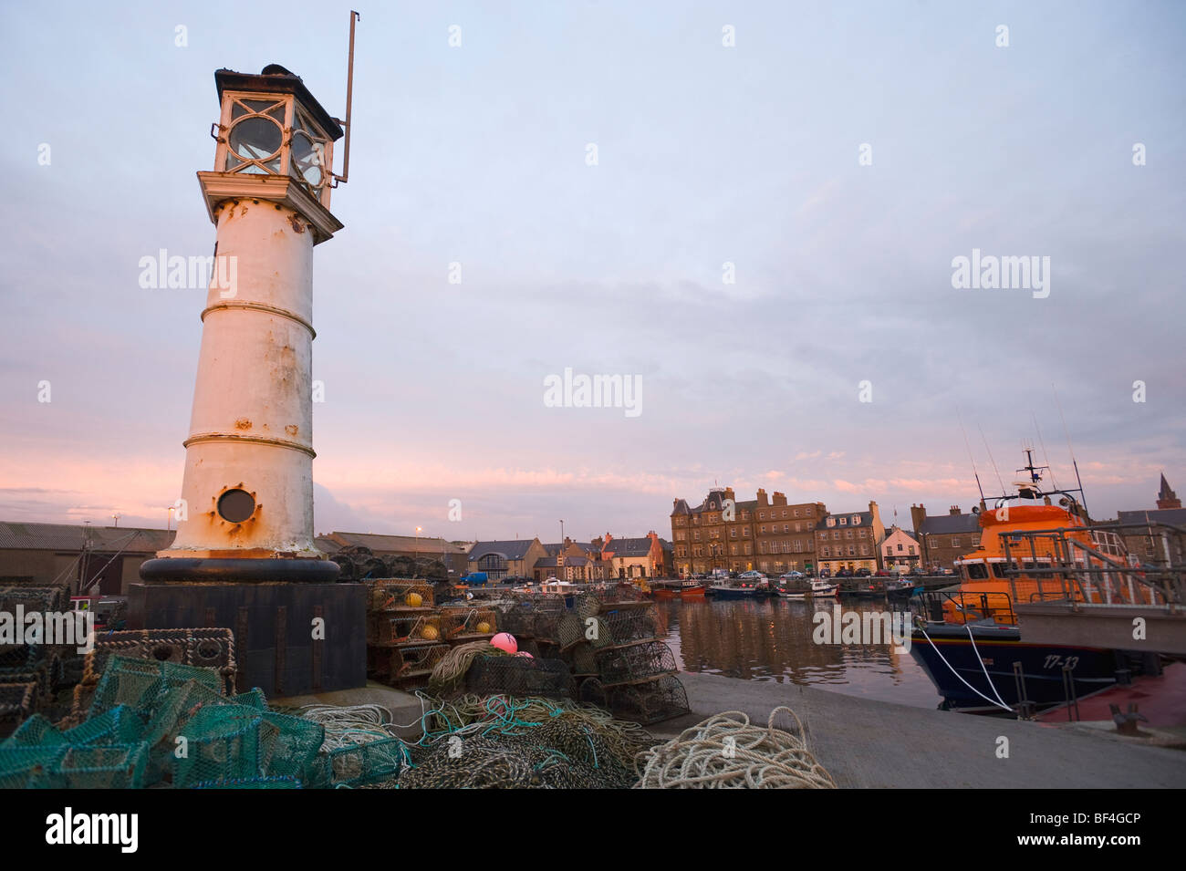 Lighthouse at the harbor, Kirkwall, Orkney Islands, Scotland, United Kingdom, Europe - Stock Image
