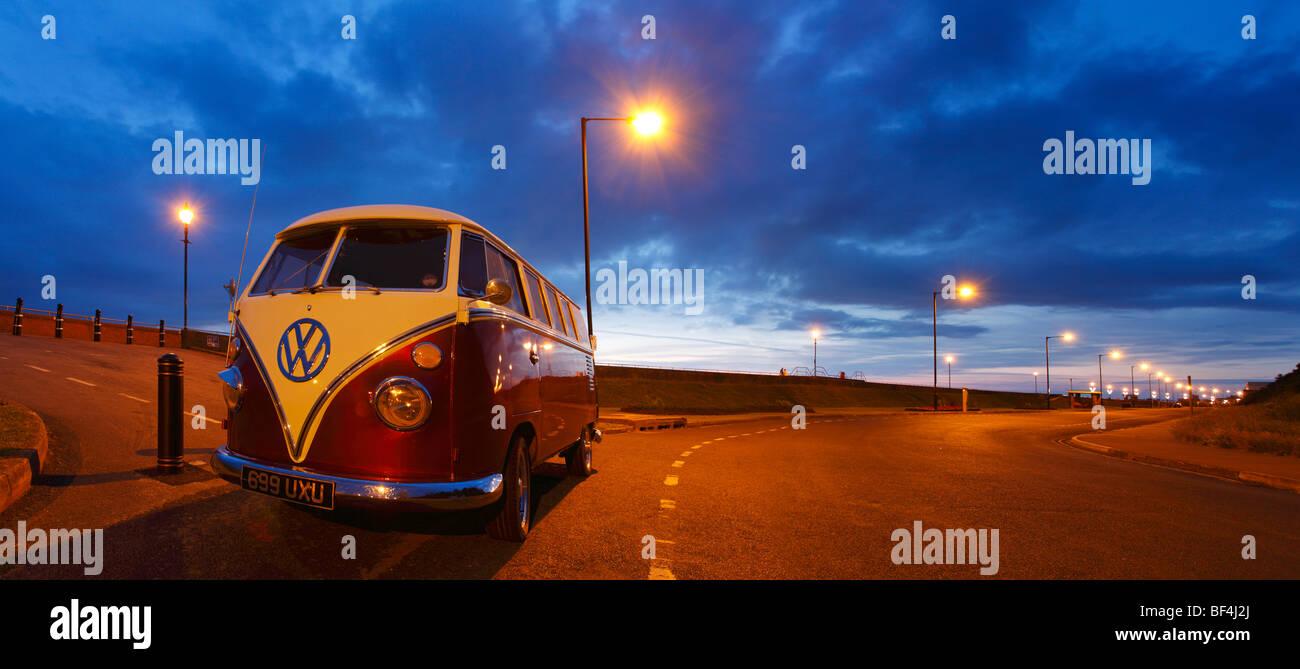 Volkswagen VW Camper Van, Dusk, Burnham on Sea, Somerset, England. - Stock Image