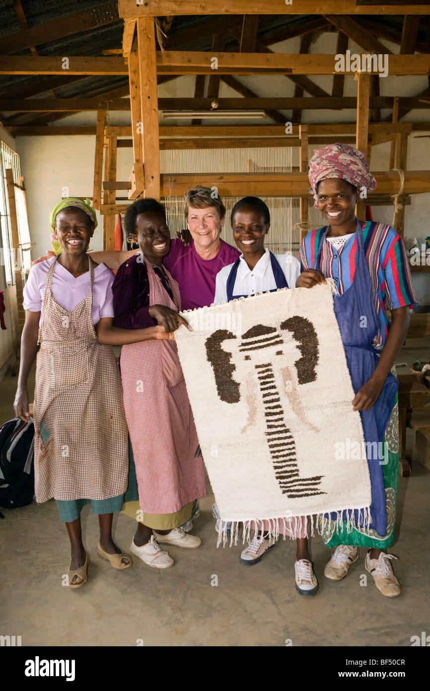 Women at Nanyuki Spinners and Weavers - Nanyuki, Kenya - Stock Image