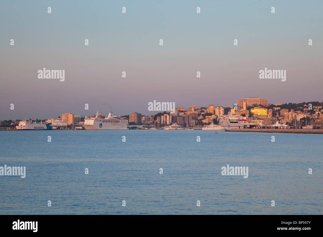 Skyline of Palma de Mallorca in the morning sun, Mallorca, Majorca, Balearic Islands, Mediterranean Sea, Spain, - Stock Image
