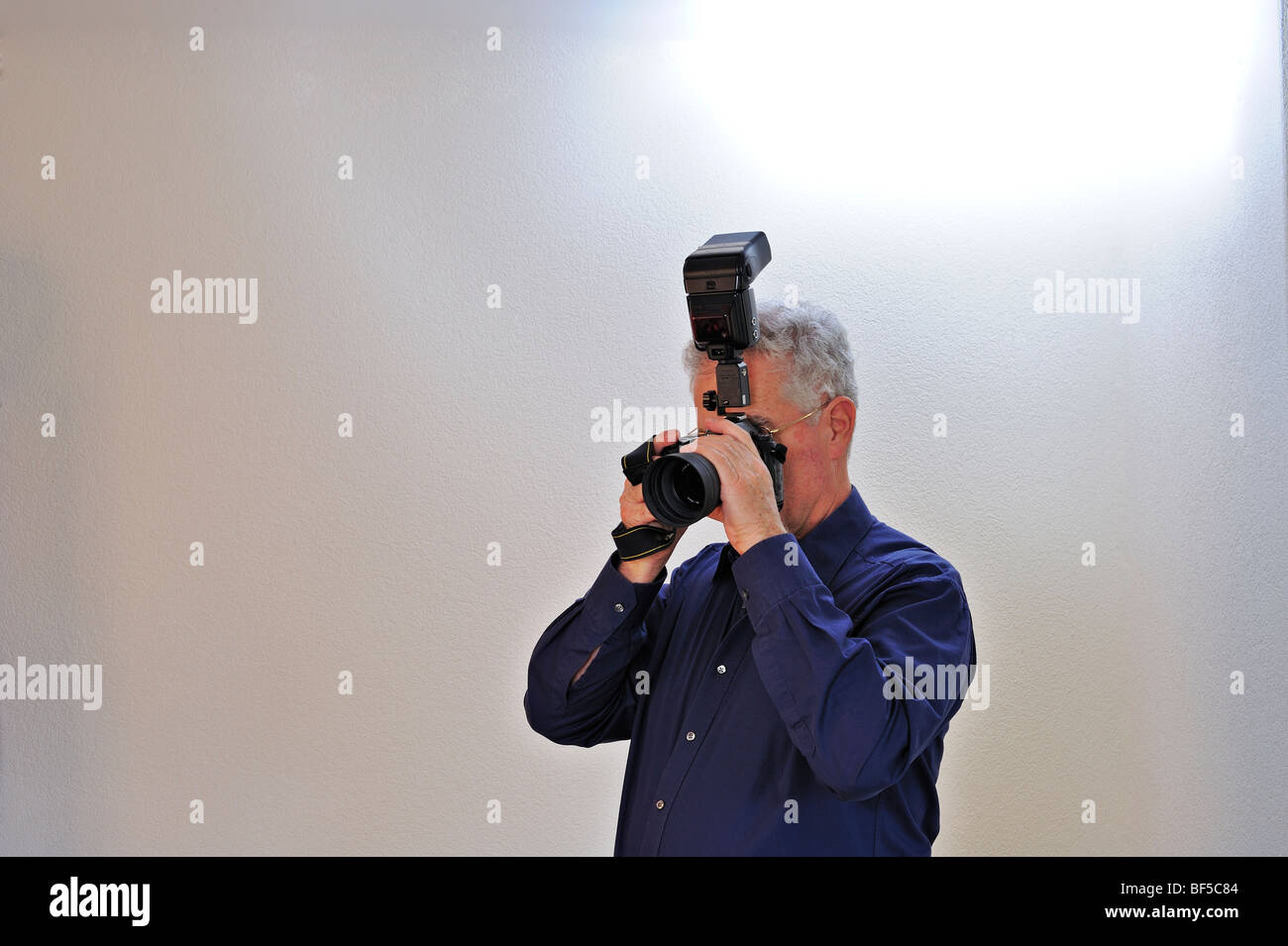 Photographic technique - Bounce flash - Stock Image