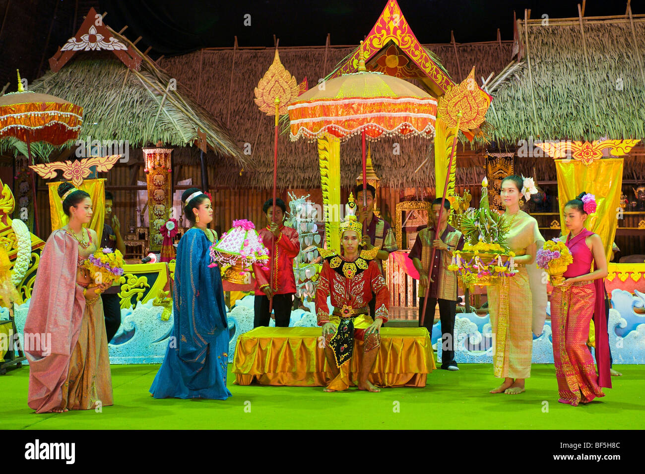 Dance show in Phuket Town, portrayal of a traditional wedding, Phuket Island, Thailand, Asia - Stock Image