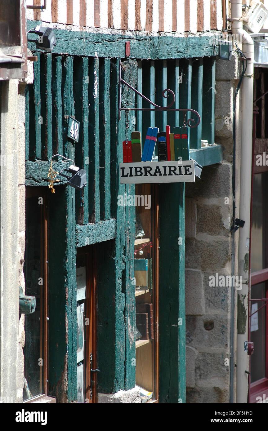 Librairie rue de la Boucherie - bookshop in Limoges, France Stock Photo