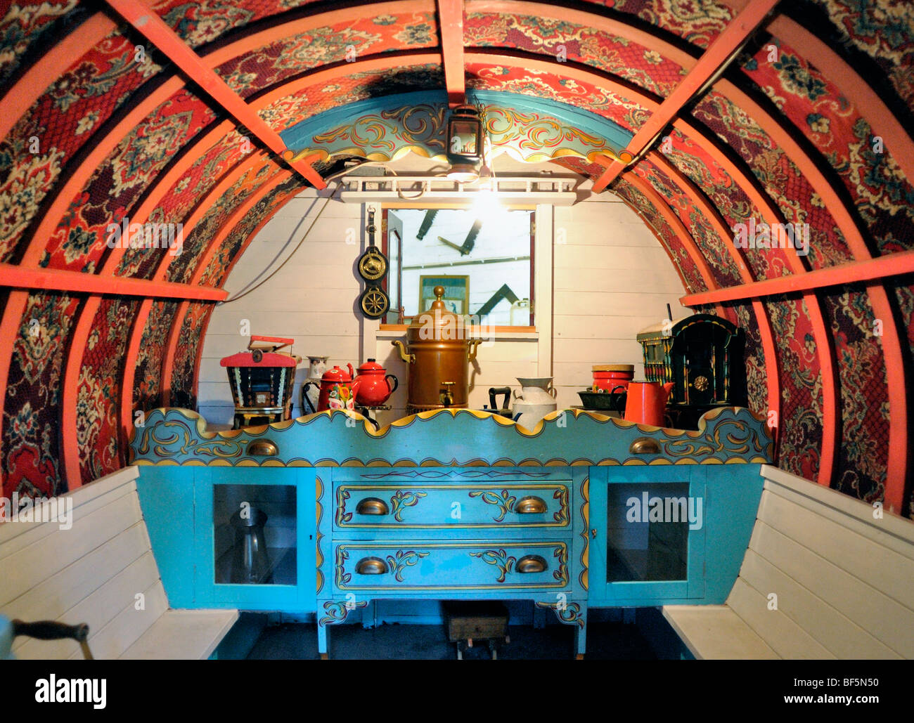 The inside of a restored old Gypsy caravan - Stock Image
