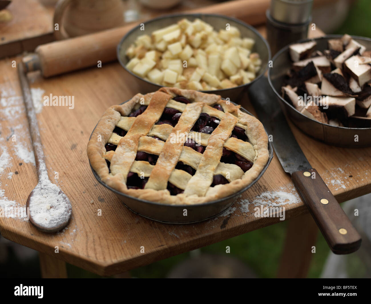 Canada, Ontario, Fort Erie, Old Fort Erie, cherry pie made the old fashion way - Stock Image
