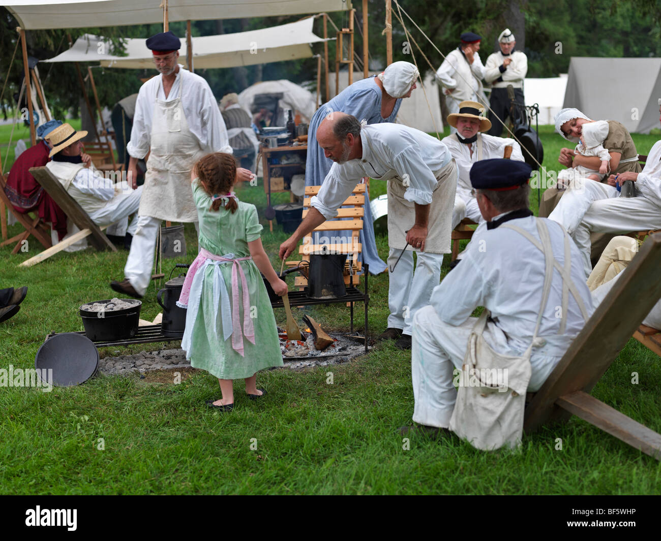 Canada, Ontario, Fort Erie, Old Fort Erie, War of 1812 reenactors in period costume set up in camp - Stock Image