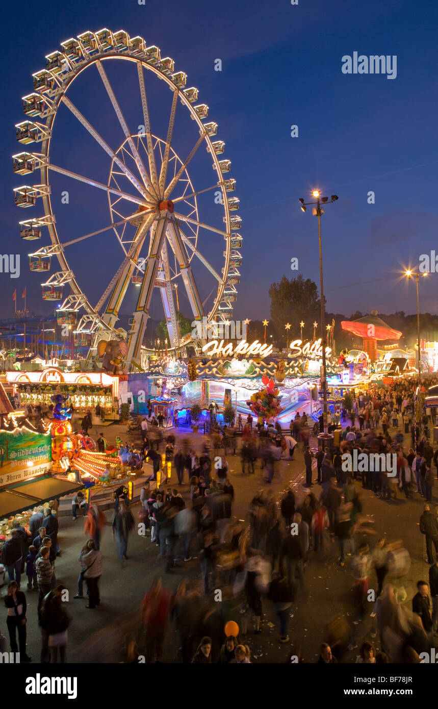 Ferris wheel at the Cannstatter Volksfest in Stuttgart, Stuttgart, Baden-Wurttemberg, Germany - Stock Image