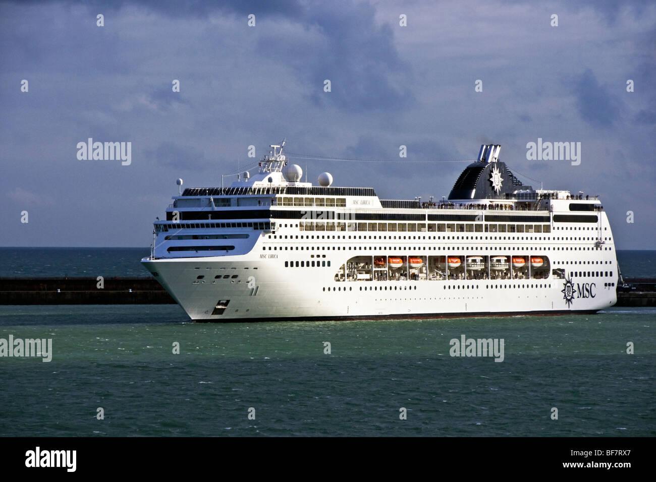 MSC Cruises cruise ship MSC Lirica departs Dover - Stock Image