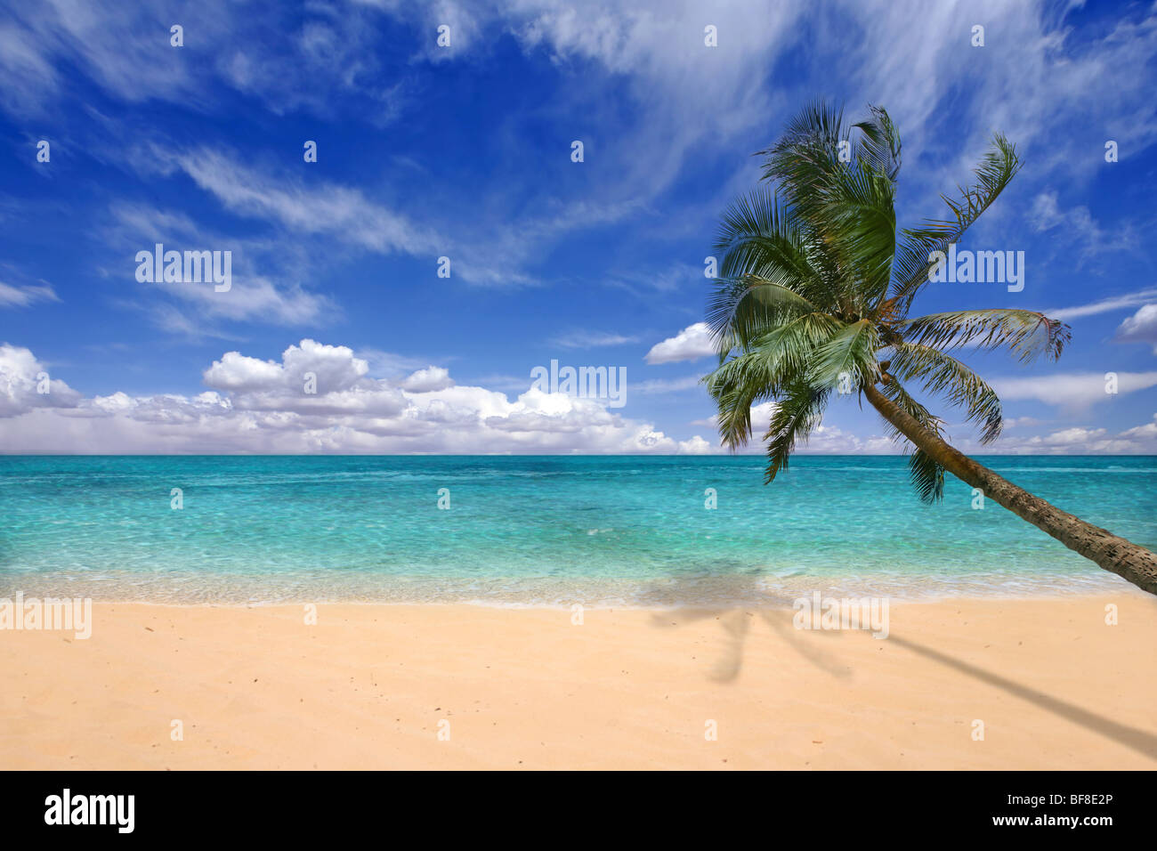 Paradise Teal Waters of the Hawaiian Islands - Stock Image