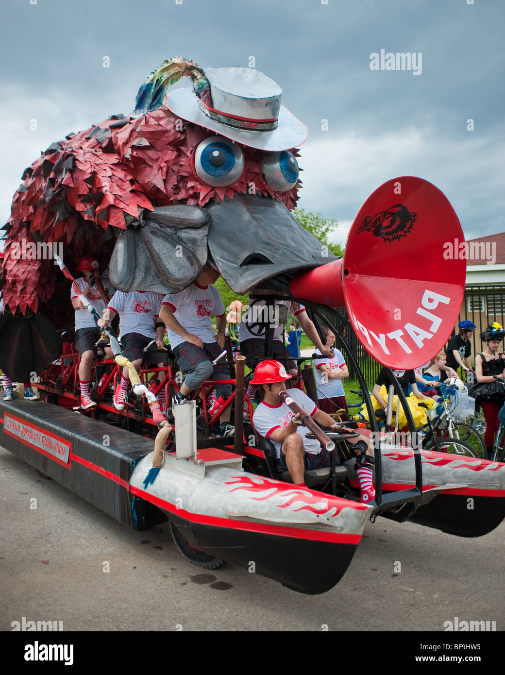 Platypus by David Hess, kinetic sculpture race in Baltimore sponsored by AVAM - Stock Image