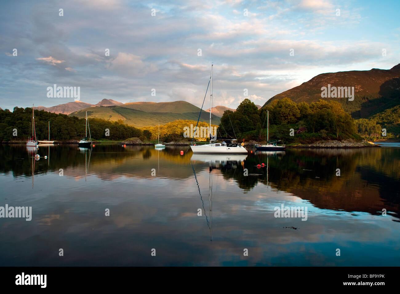 Boats at Loch Leven, near North Ballachulish, Highlands, Sc otland, UK - Stock Image