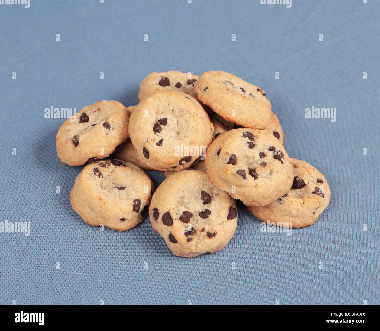 A pile of chocolate chip tollhouse cookies. - Stock Image