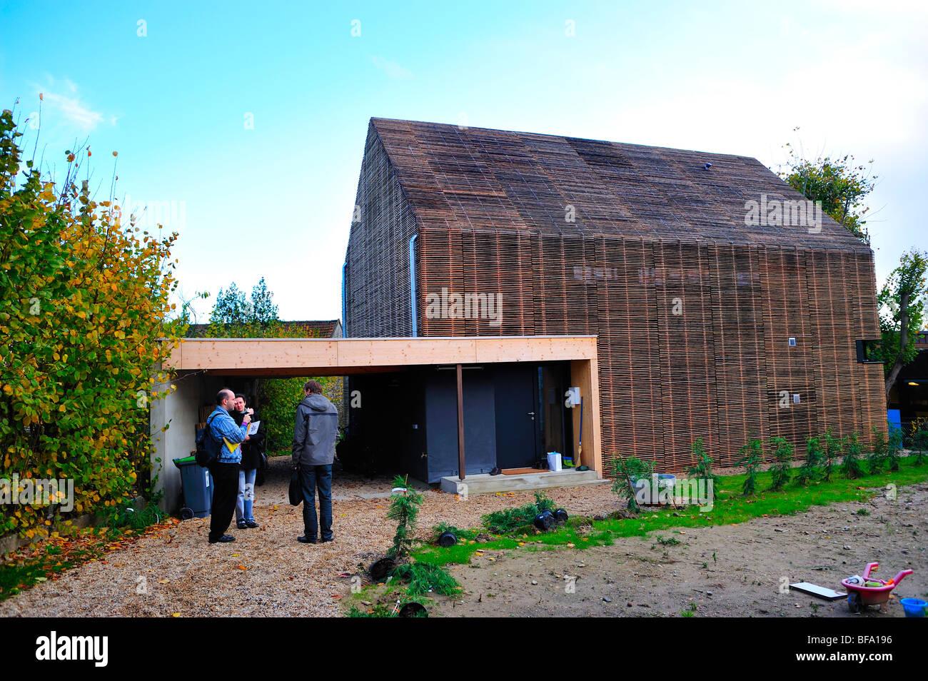 France, Green House, Zero Energy Consumption,'Passive House' 'Maison Passive',eco house, outside - Stock Image