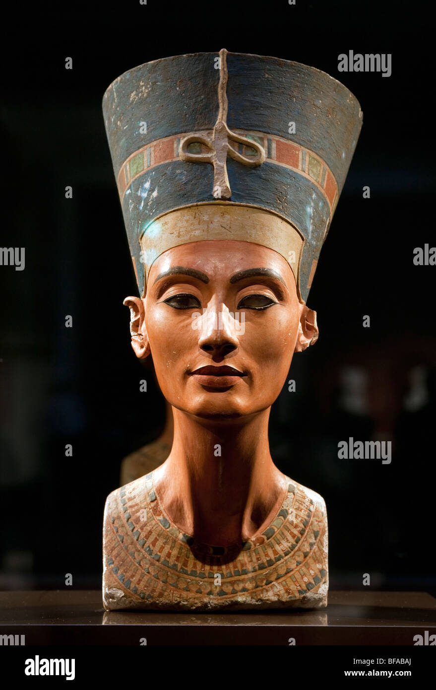 Bust of the queen Nofretete in the north hall - New Museum in Berlin - Stock Image