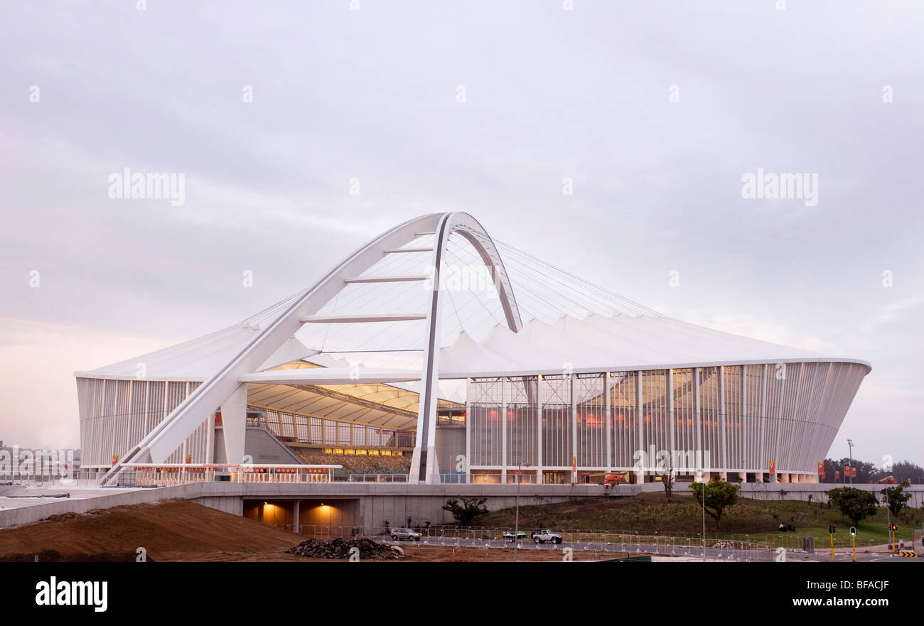 Moses Madhiva socer stadium under construction ahead of the 2010 FIFA World Cup South Africa. Durban, South Africa - Stock Image