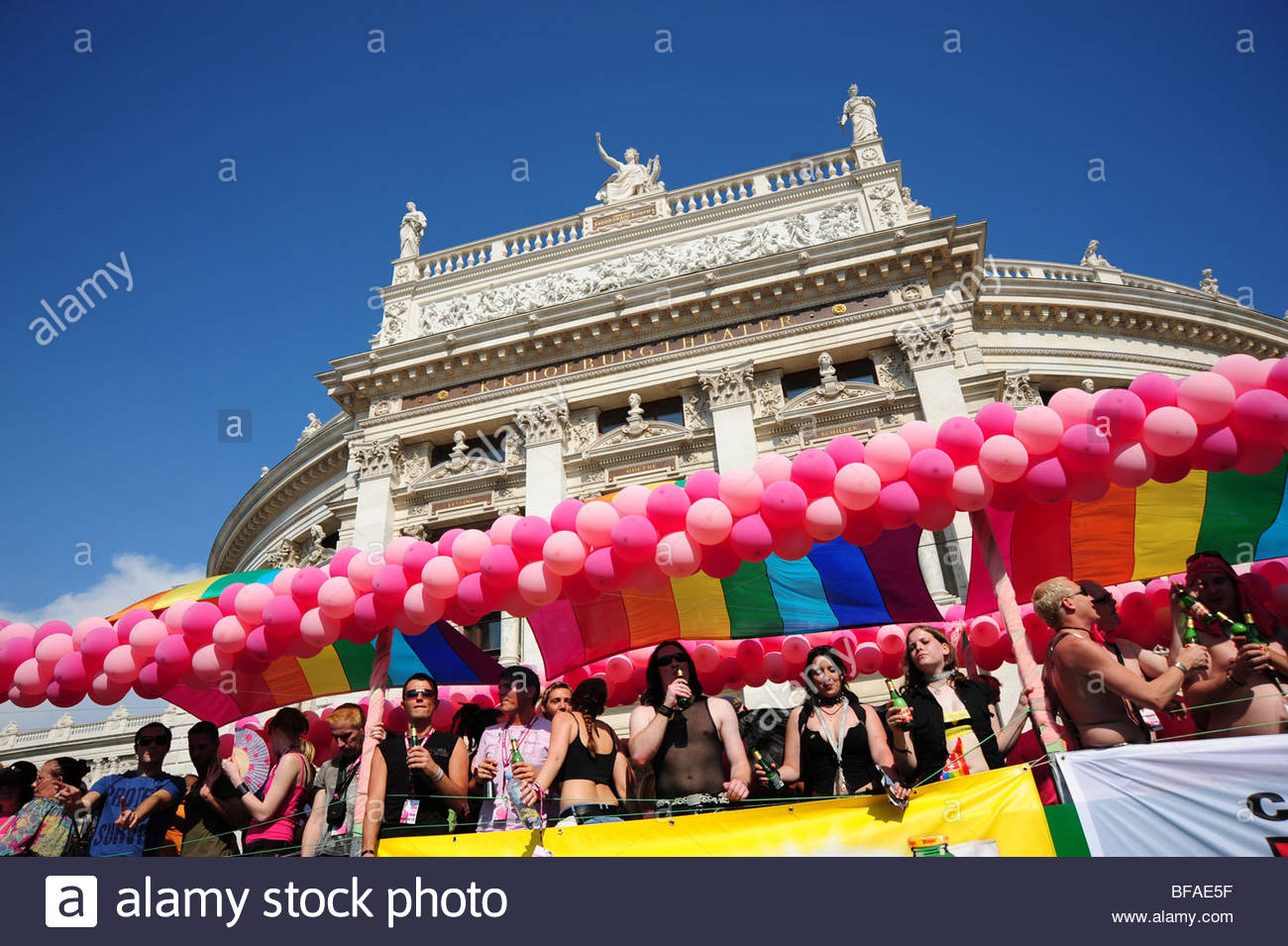 Wien, Regenbogenparade 2009 - Vienna, Rainbow Parade 2009 - Stock Image