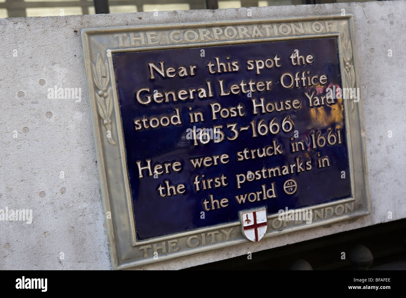City of London Blue plaque 'General Letter Office' stood in Post House Yard 1653-1666 - Stock Image