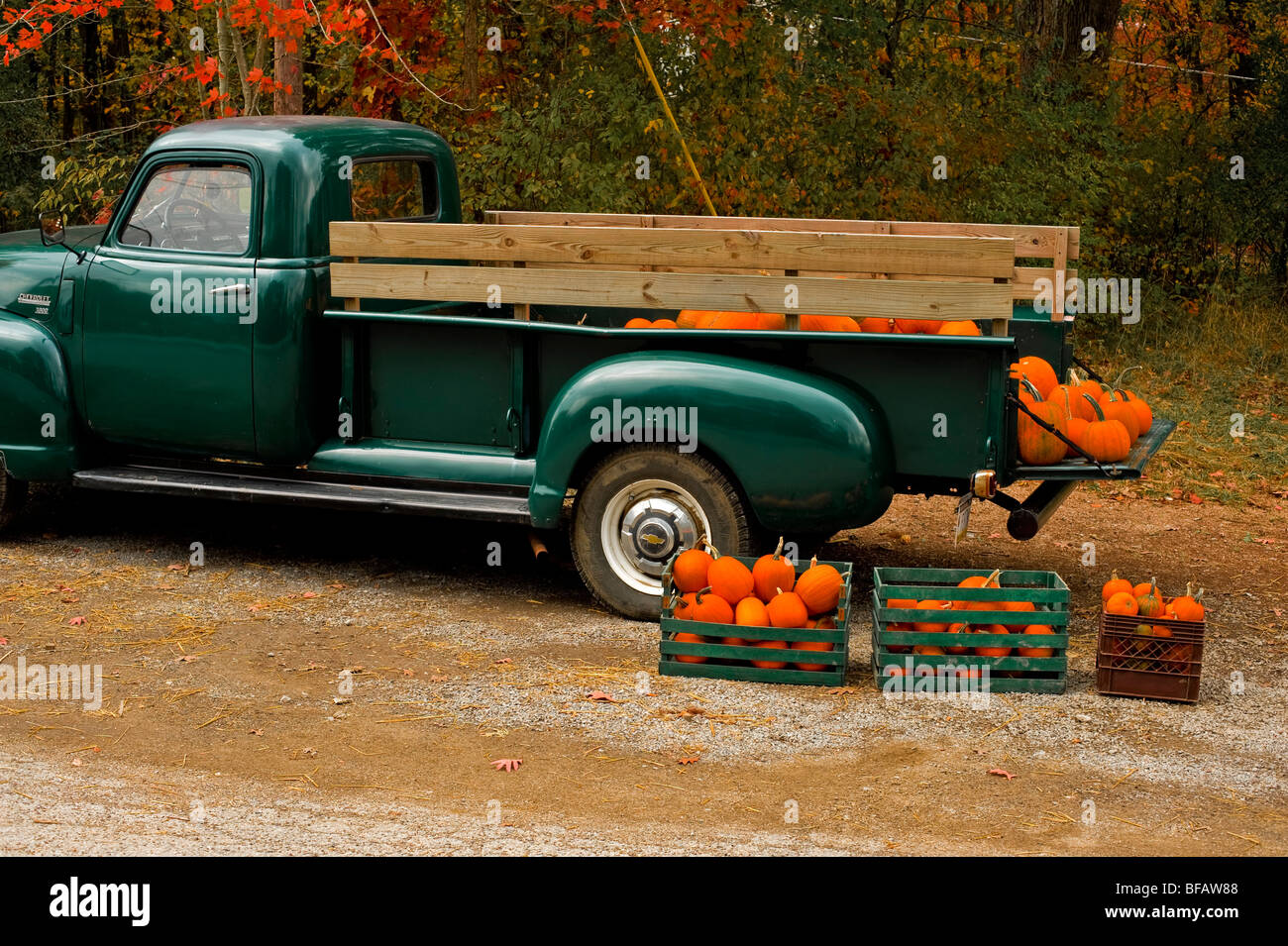 old pickup truck with pumpkins Stock Photo: 26669560 - Alamy