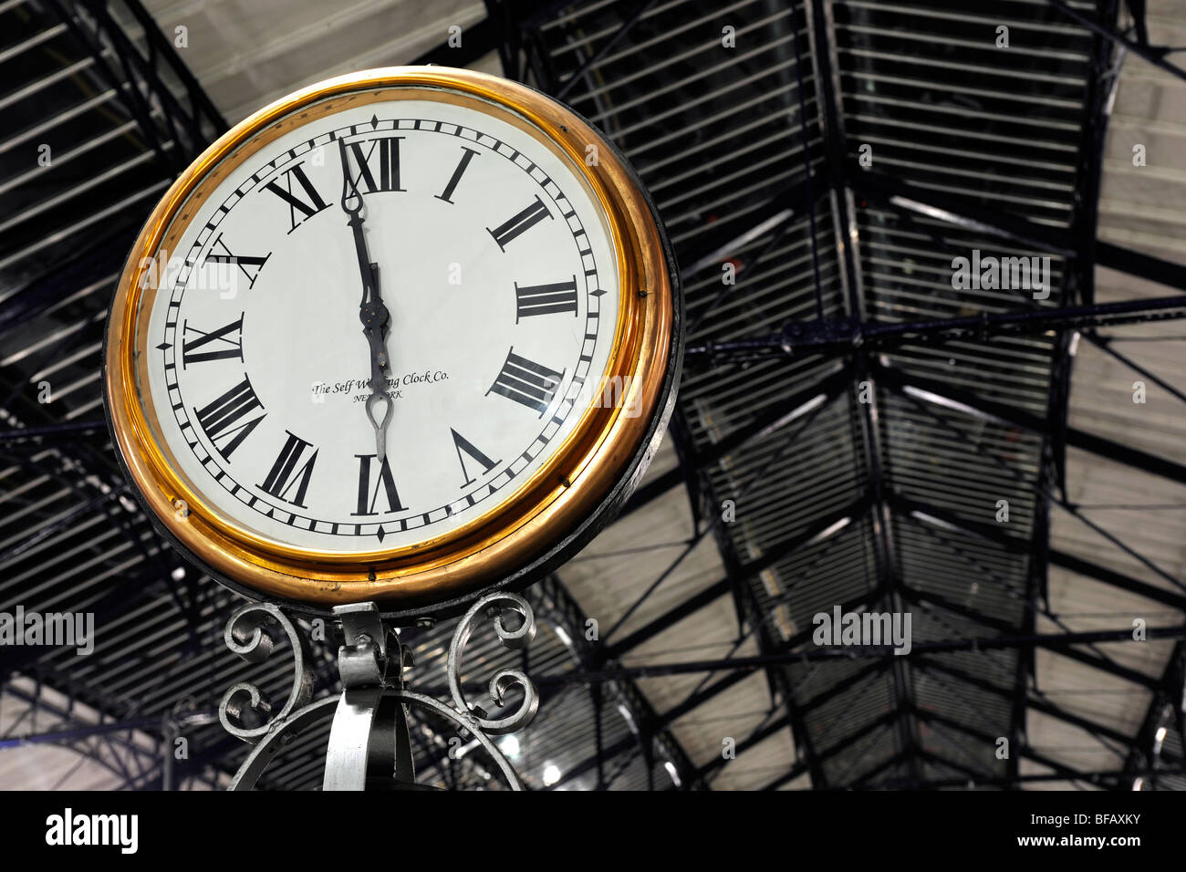Public clock at Earls Court London Underground Station, London, England, UK. - Stock Image