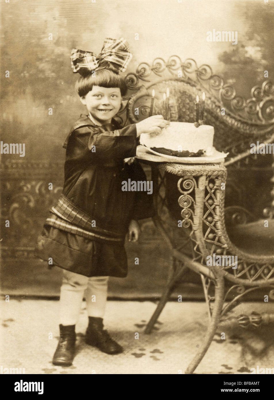 Enjoyable Five Year Old Girl With Birthday Cake Stock Photo 26680104 Alamy Personalised Birthday Cards Arneslily Jamesorg