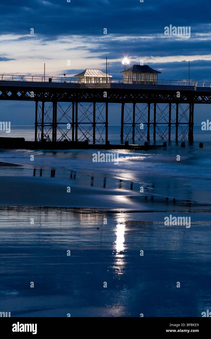 Light Posts Night Stock Photos Amp Light Posts Night Stock