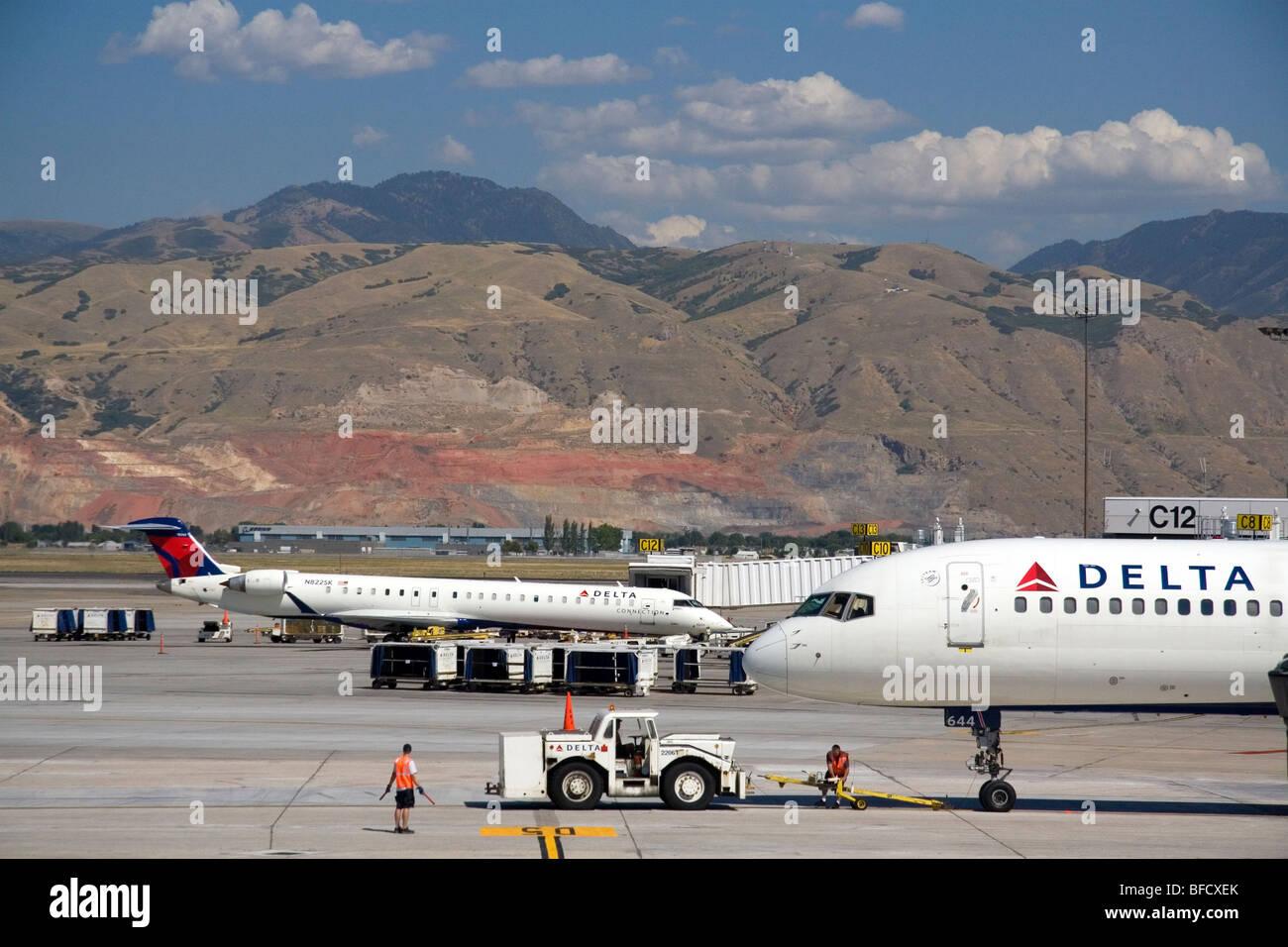 Delta Air Lines hub at the Salt Lake City International Airport in Salt Lake City, Utah, USA. - Stock Image