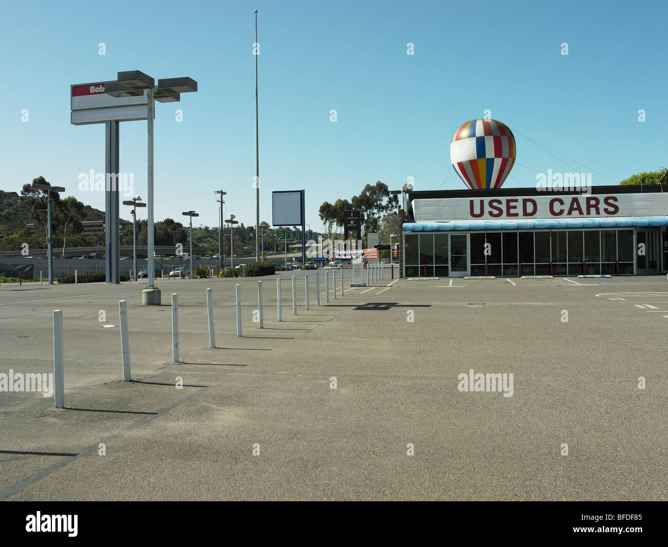 Out of business car dealership - Stock Image