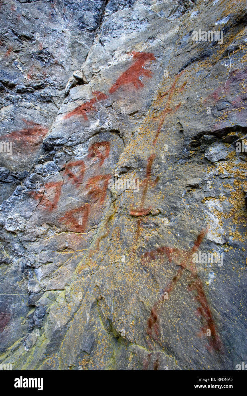 Close-up of First Nations pictograph along the Fraser River,  British Columbia, Canada - Stock Image