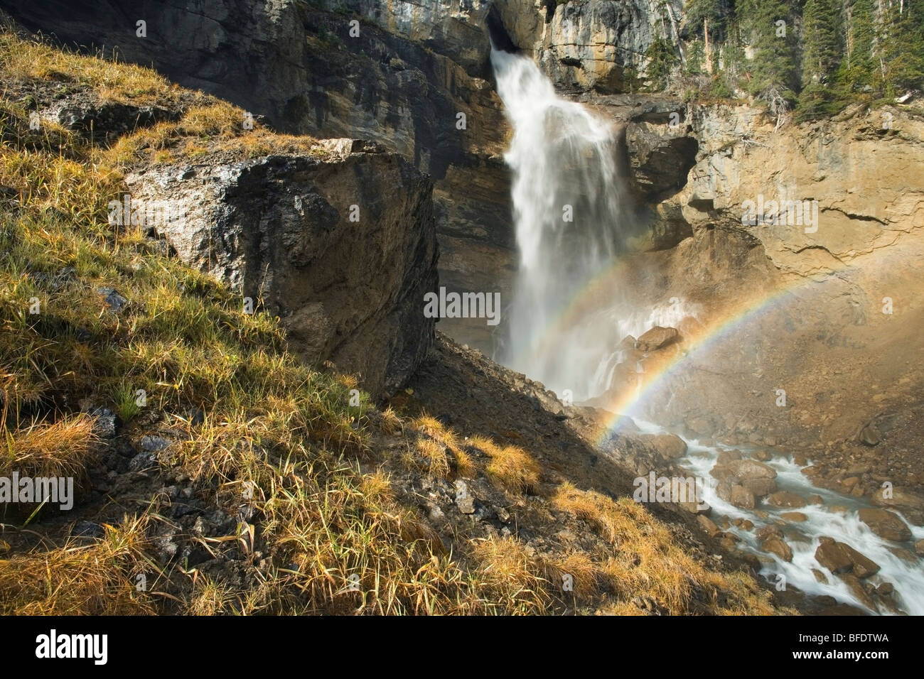 Rainbow in the mist, Panther Falls, Banff National Park, Alberta, Canada - Stock Image